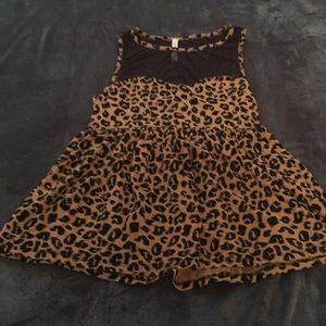 Cute leopard top